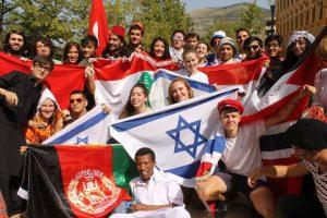 Elever i Mostar