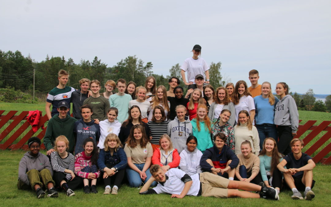 Behov for mer økonomisk støtte til norske UWC-elever